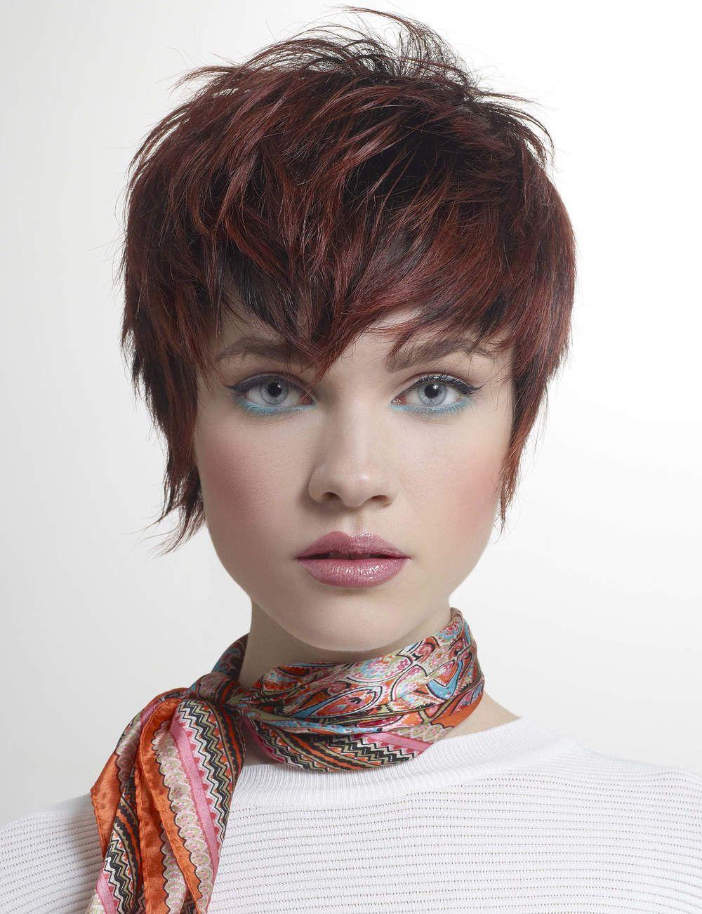 Le court effil coupe cheveux pinterest coupe coupe de cheveux et cheveux courts - Coiffures courtes degradees ...