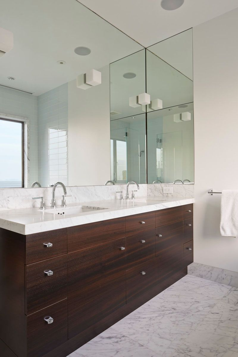 Bathroom Mirror Ideas Fill The Wall The Large Mirror In This Bathroom Wraps Around Jus Mirror Wall Bathroom Large Bathroom Mirrors Bathroom Vanity Designs