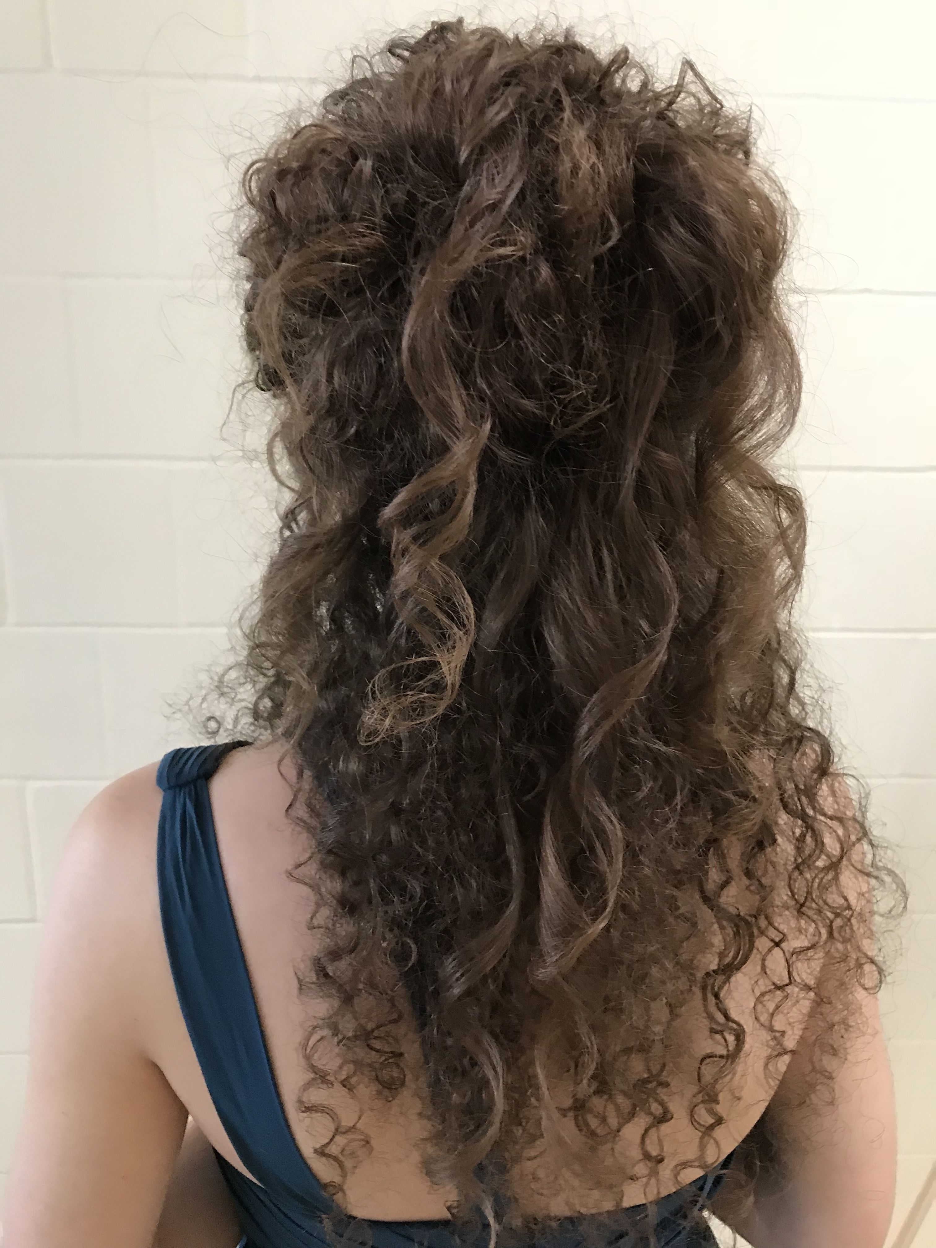 Natural very curly hair updo Styled by Ali Morris in Minneapolis