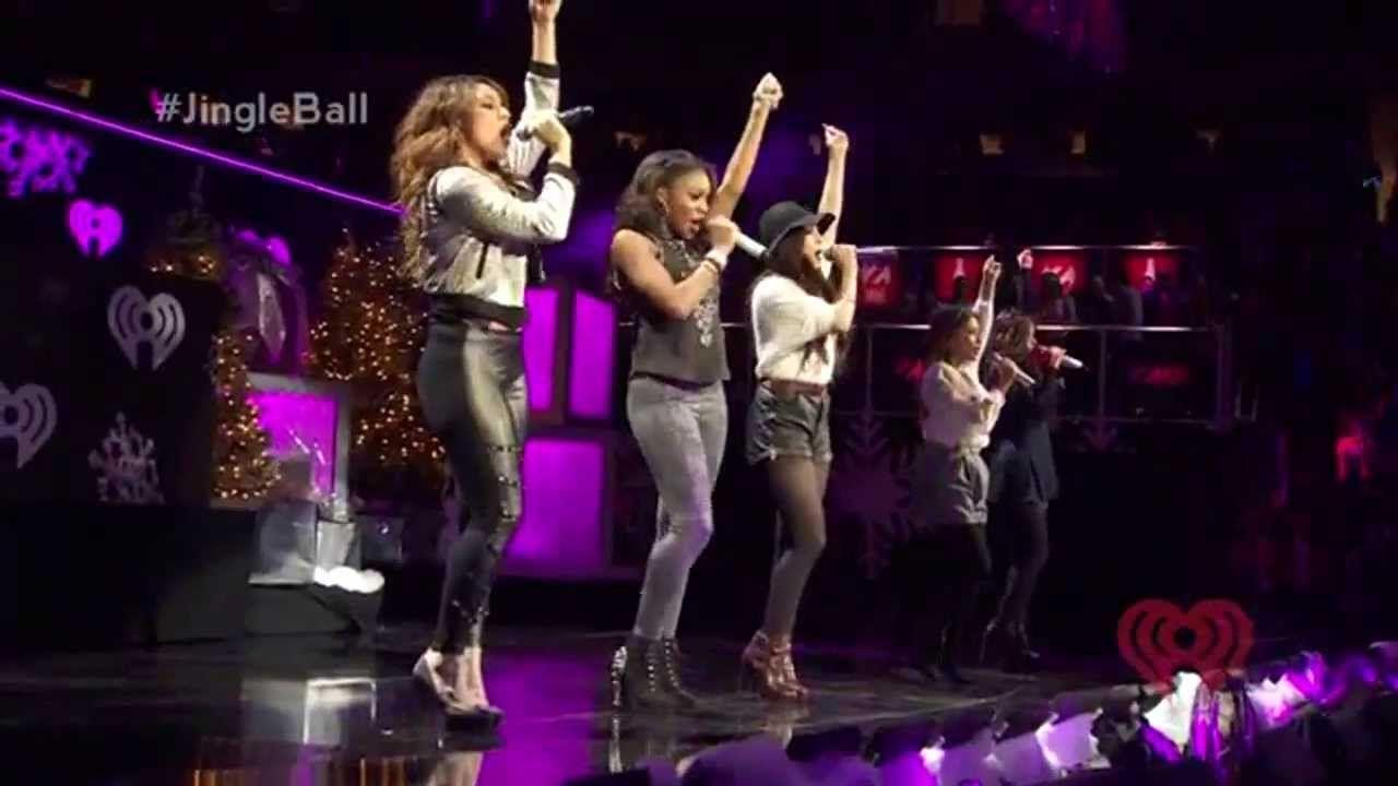 Aqui no Brasil tem que ser descobertos talentos com esses. Fifth Harmony love... Estamos muito carentes de música boa..