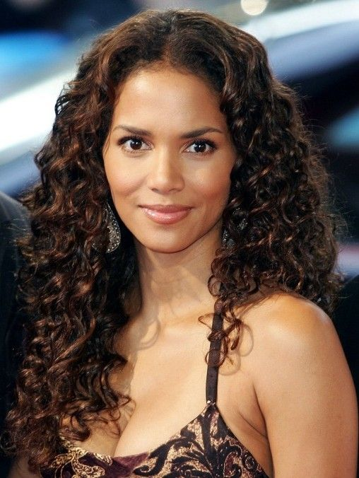 Halle Berry Long Curly Hairstyle Halle Berry Hairstyles