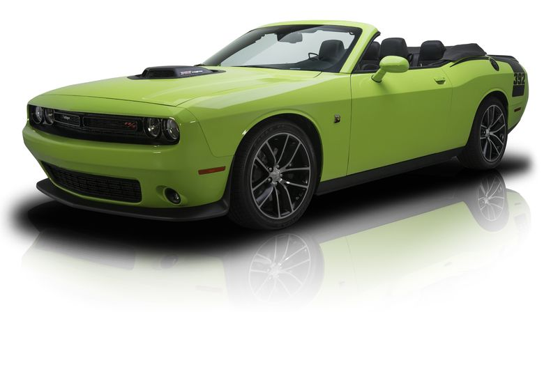 78 actual miles 2015 challenger r t scat pack convertible 392 hemi v8 8 speed automatic. Black Bedroom Furniture Sets. Home Design Ideas