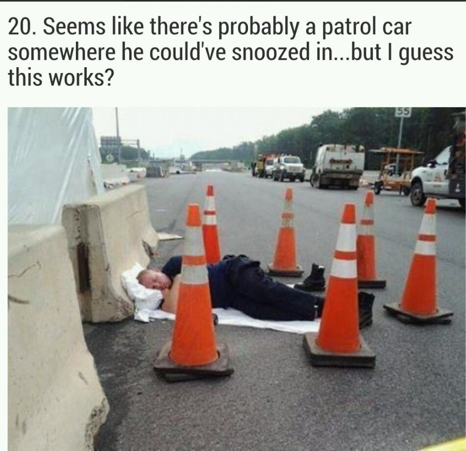 He looks too comfortable   Lazy people, Funny pictures ...
