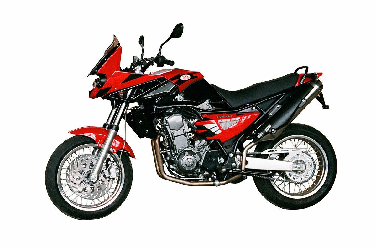 Jawa 660 Sportard Redesign On Behance Redesign Motorcycle Vehicles