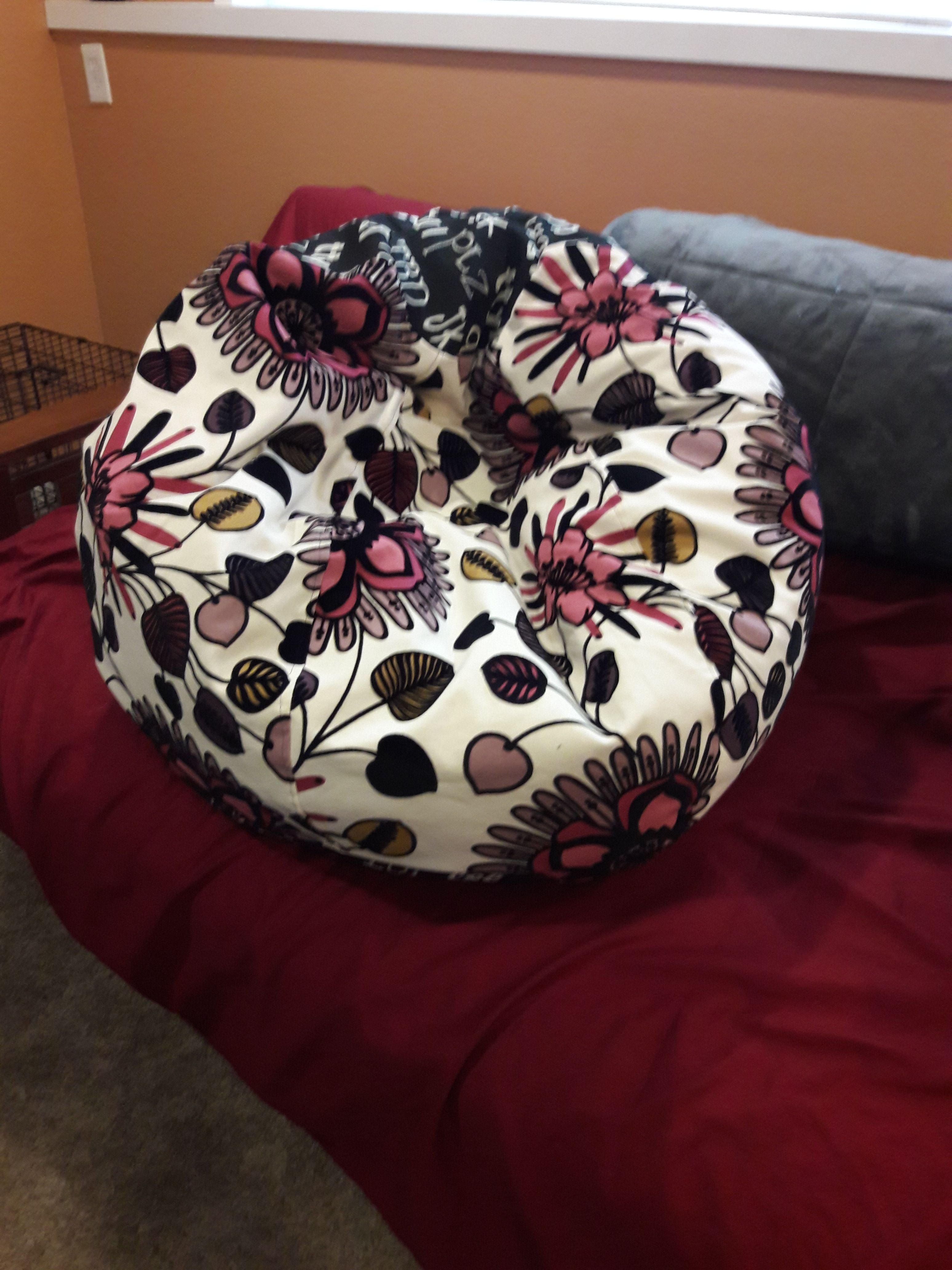 How To Make A Bean Bag Chair Step By Step Directions To Make Your Own Beanbag In Any Size Make A Bean Bag Chair Bean Bag Chair Pattern Bean Bag Furniture
