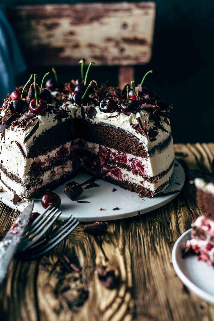Authentic Black Forest Cake Rezept - Schwarzwälder Kirschtorte | Auch die Krume ...   - ❉❉ Baking Day ❉❉ -
