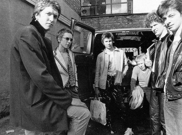 The Sex Pistols, May 1976 outside Majestic Studios, 146 Clapham High Street, London Photo © Ray Stevenson