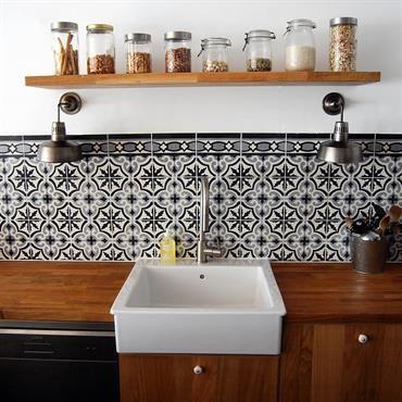 Cuisine moderne en bois et carrelage ancien | HeART Deco | Pinterest ...