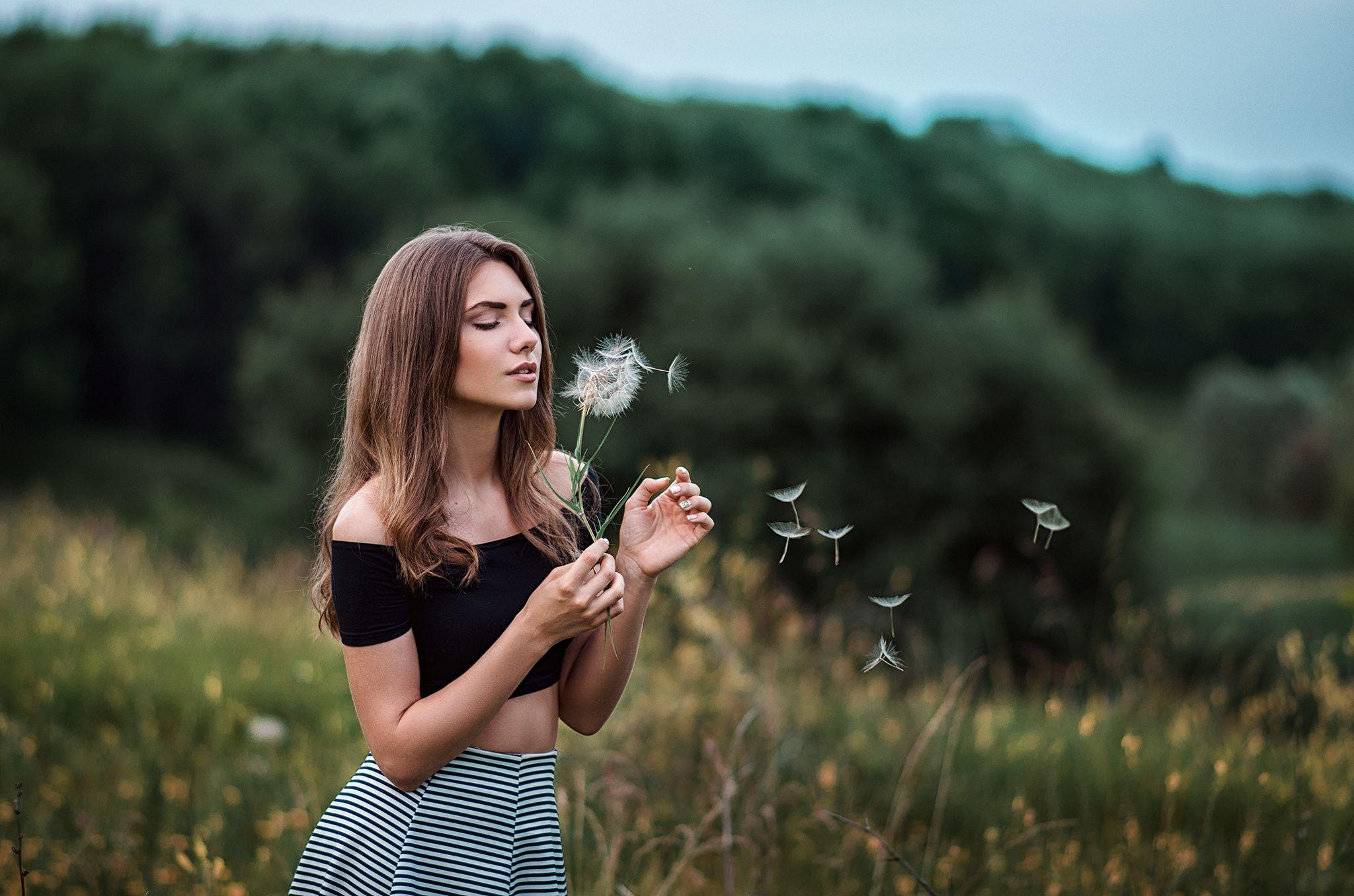 Картинки девушки мысли