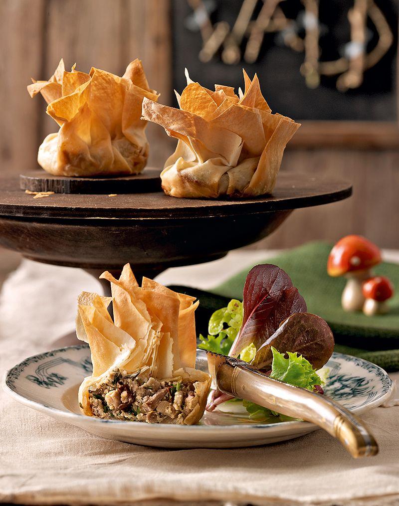knusprige pilzk chlein recipe filo finger foods and. Black Bedroom Furniture Sets. Home Design Ideas