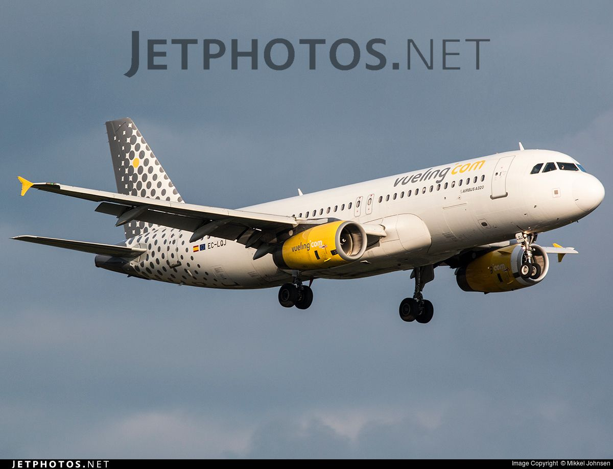 Photo: EC-LQJ (CN: 1979) Airbus A320-232 by Mikkel Johnsen Photoid