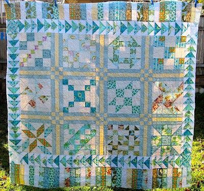 If you make any of the items below, please share some photos in TeresaDownUnder Flickr group. Patchwork Père-Noël zigzag quilt tutorial Patchwork Christmas tree Hot water bottle cozy Christmas wall...