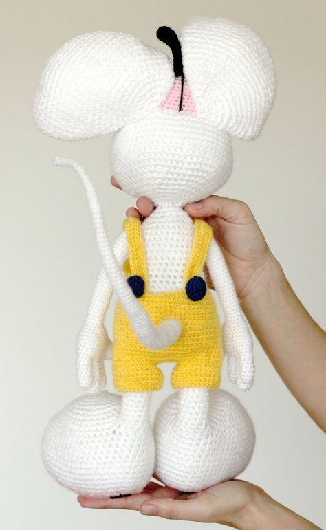 White mouse amigurumi | crochet | Pinterest | Ganchillo, Tejido y ...
