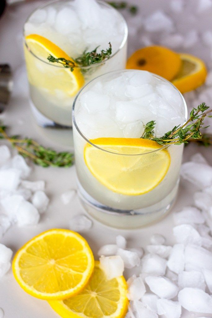 Limoncello and Thyme Gin Cocktail #limoncellococktails