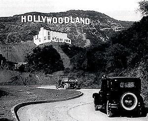old_hollywood_sign_jpg_300x300_q85.jpg 300×244 pixels: