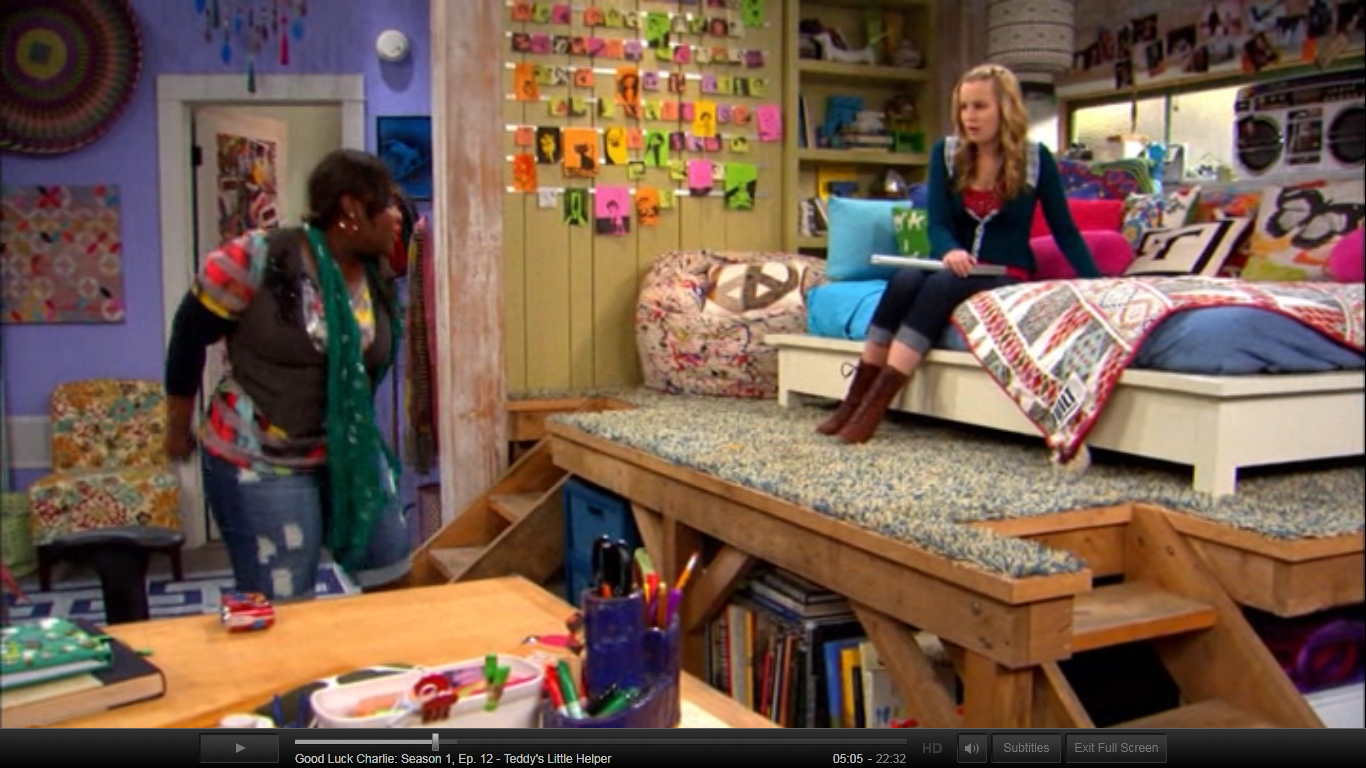 Teddy S Bed Loft On Good Luck Charlie This Is A Perfect Example Of Something My Daughter Would Want In Her Room Good Luck Charlie Bed Bedroom Bed