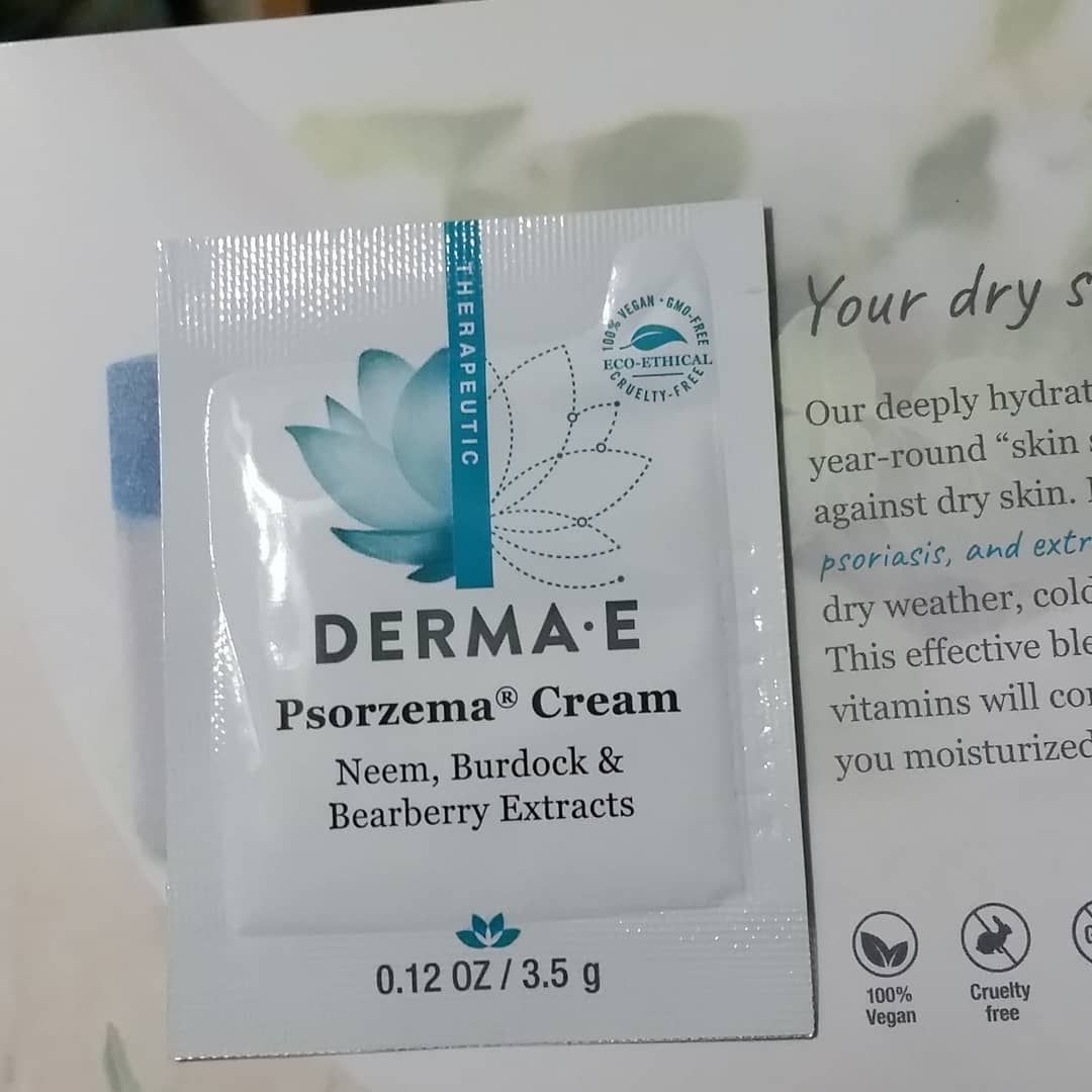 My Dermae Sample Arrived Today I Loved This Product When I Tried It A Few Weeks Ago The Sample Also Came With A Coupon Fre In 2020 Instagram Posts Psoriasis Neem