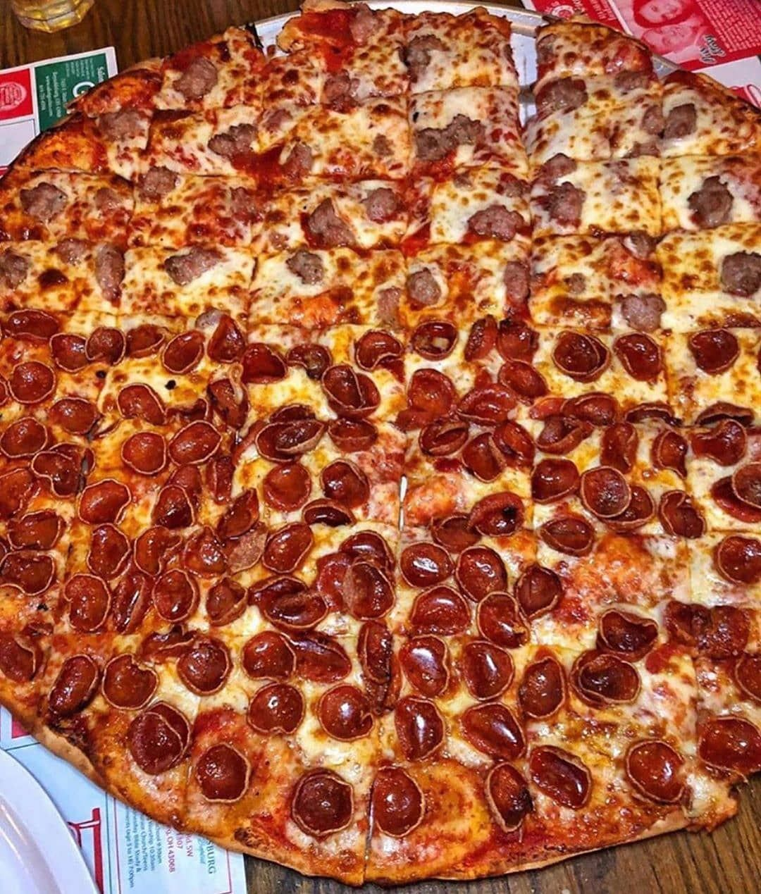 What S The Most Slices Of Pizza You Ve Ever Eaten At Once By Upperfeast Pizza Pizzaholic Pizzaiolo Pizzarolls Pi In 2020 Food Recipes Wine Recipes