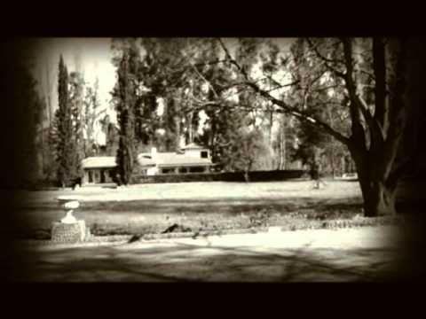 Adaptación del cortometraje La continuidad de los parques de Julio Cortázar. Toda la música pertenece a:  The Secession Studios: http://www.youtube.com/user/thesecess....