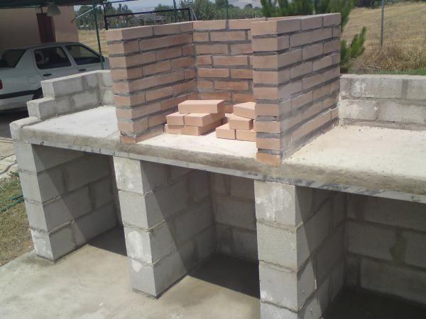 Kapataz ideas tools for building diy tu propia barbacoa diy pinterest - Barbacoas rusticas ladrillo ...