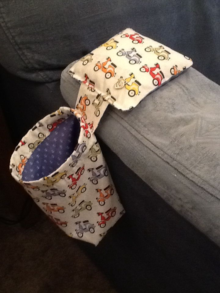 I made this funky moped Thread Catcher / bits bag. I haven't been near a sewing machine in thirty odd years, so I am pretty chuffed with the end result.