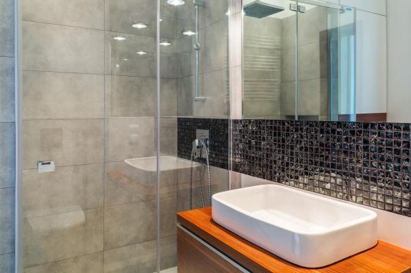Kalk An Duschtür Aus Glas Entfernen Kleines Bad