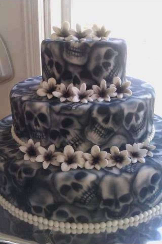 Awesome skull wedding cake!!
