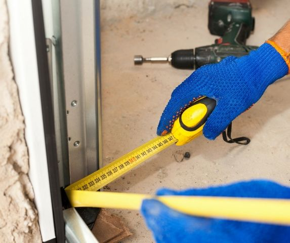 Why Should I Call Professional Garage Door Experts To Fix Issues
