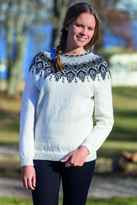 Sticka härligt mysig tröja med mönstrat ok! | Tröjor, Kläder