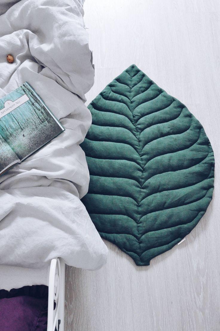 Handmade Linen Leaf Playmat Lapetitepersonneshop On Etsy  # Muebles Agustin Moana