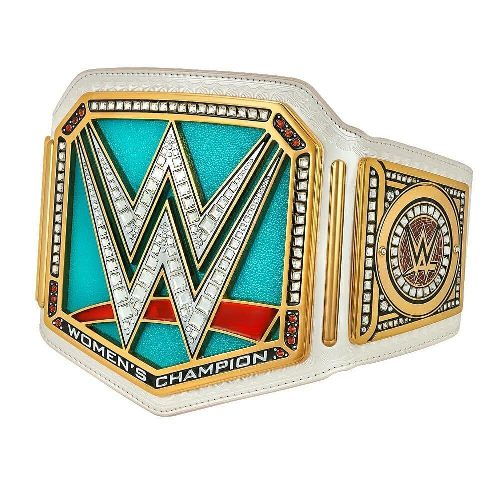 Pin By Jose Antonio On Wrestling Wwe Women S Championship Wwe Belts Wwe Championship Belts