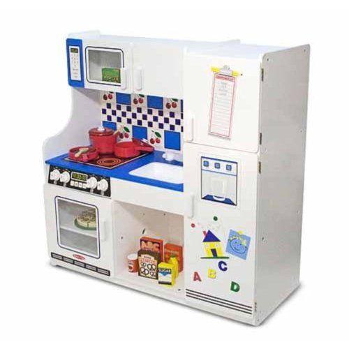 amazon com melissa doug classic deluxe kitchen zoey s xmas rh pinterest com