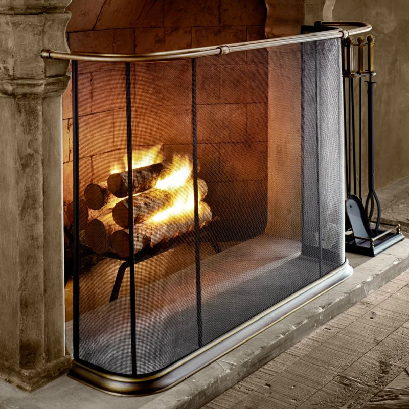 Old English Brass Rail Back In 2020 Fireplace Screens Hearth