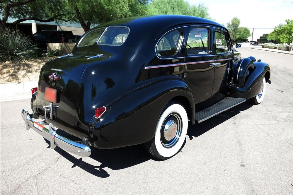 1939 Buick Roadmaster Series 80 Touring Sedan 185875 Buicks
