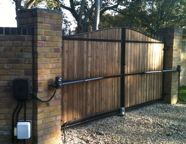 Electric Gate Kits >> Electric Gates Using The Gatemotors Co Uk Kit Aster For Double Swing