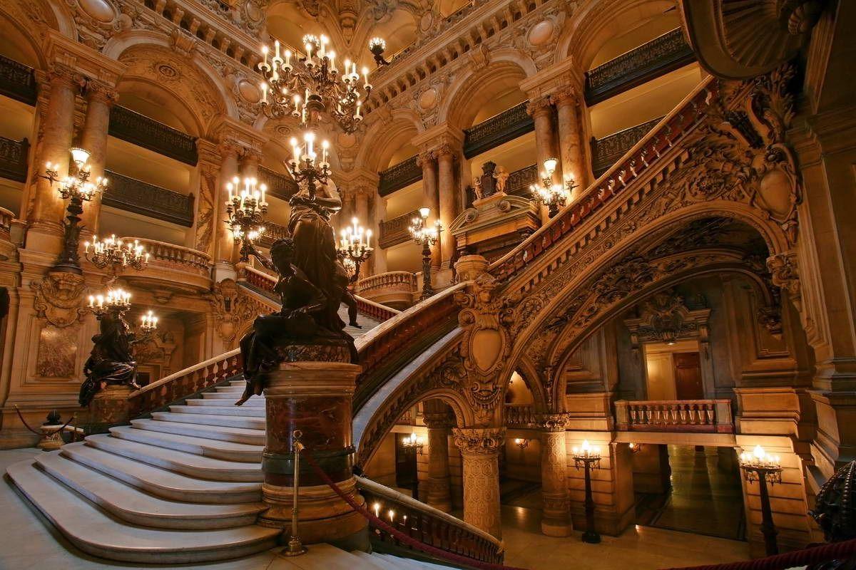 Scalinata dell'Opera Garnier, Parigi, Francia