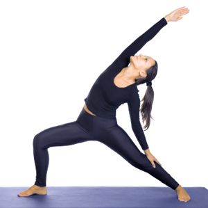 how to do reverse warrior pose in yoga  yoga poses for