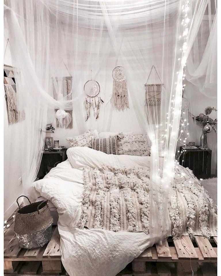 80+ Comfy Elegance Chic Bohemian Bedroom Design Ideas ...