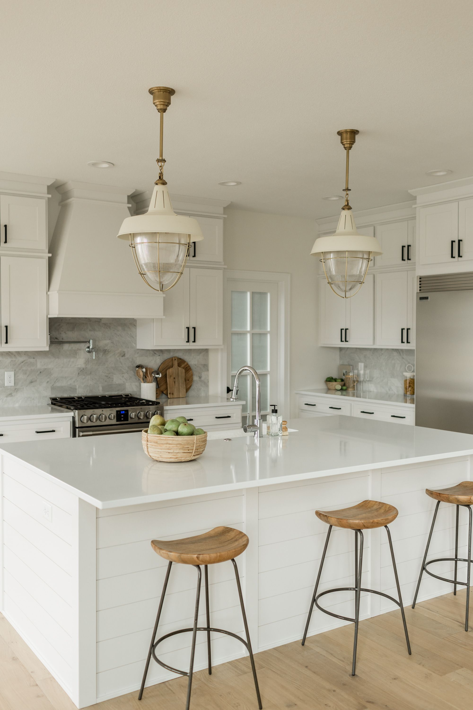 Home In 2020 White Coastal Kitchen Coastal Kitchen