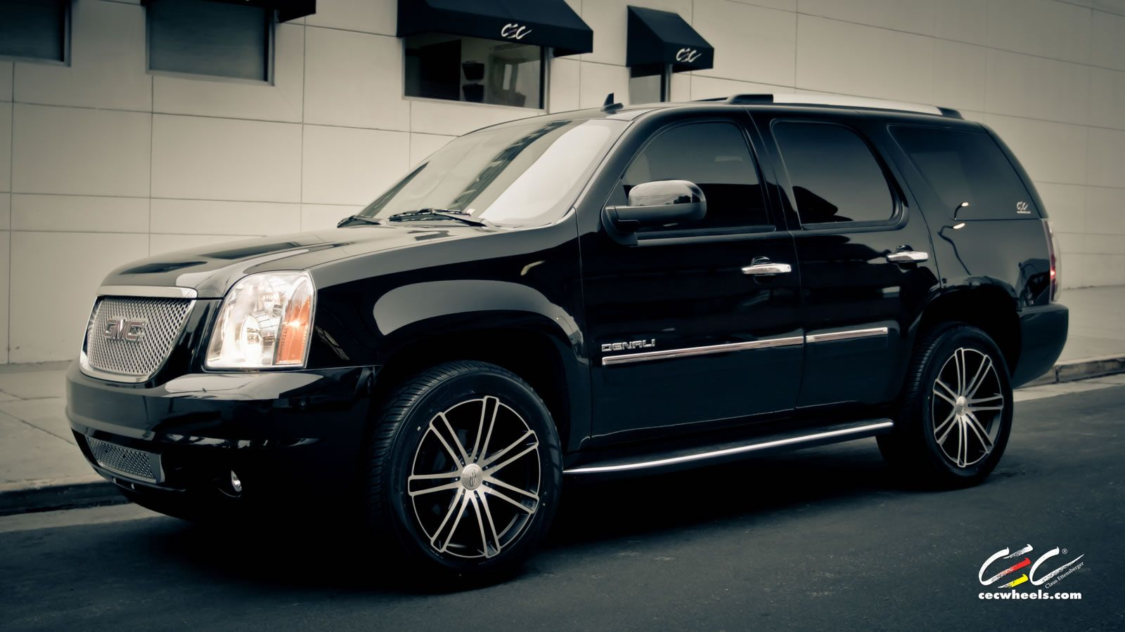 Gmc yukon denali with 22