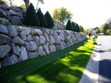 Boulder Retaining Wall Modern Landscape Landscaping Retaining Walls Boulder Retaining Wall Rock Wall Landscape
