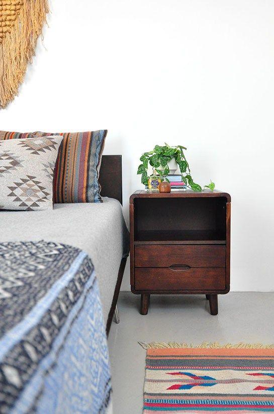 Interior design trends: Mid-Century Boho / Camera da letto