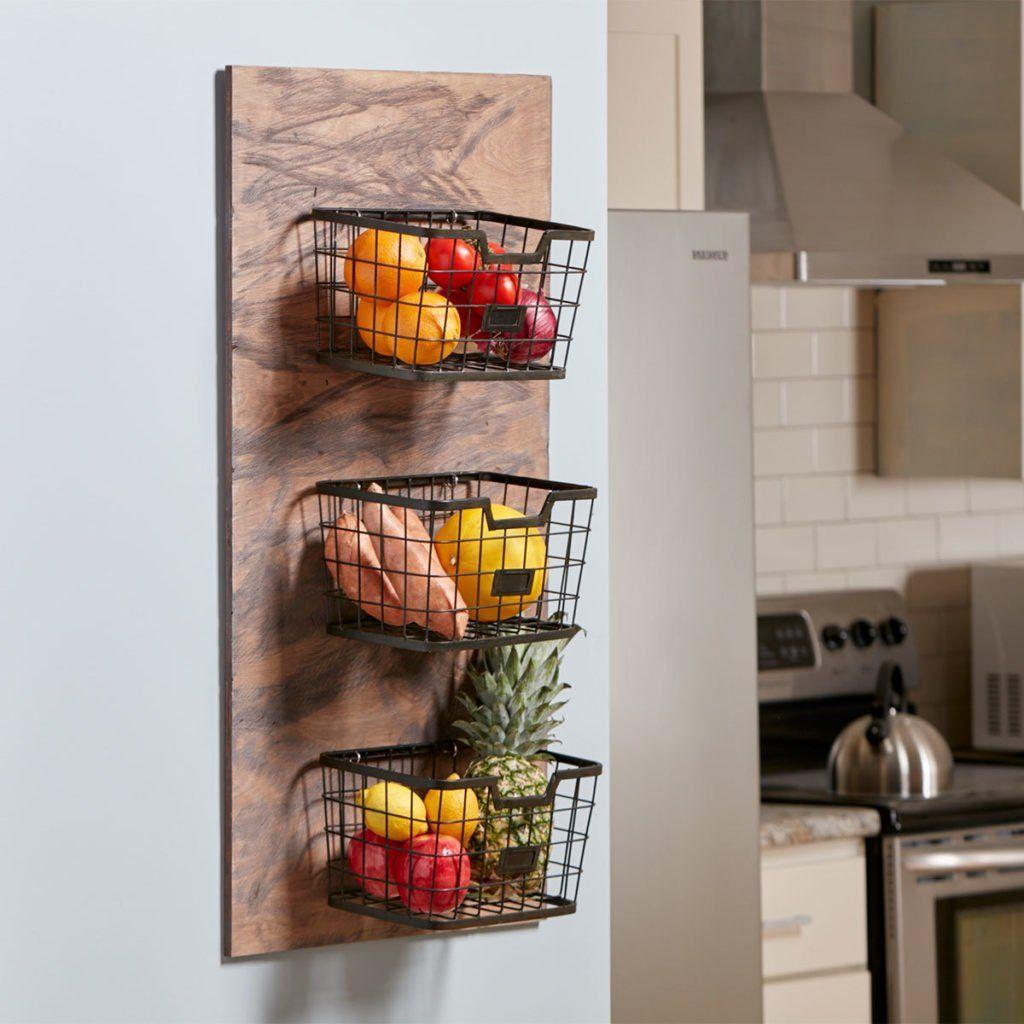 Diy Kitchen Project Off The Counter Produce Storage Projets De Menuiserie Cuisines Diy Et Paniers En Fil