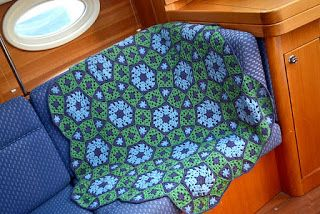 Tina's handicraft : grow your molecule blanket pattern