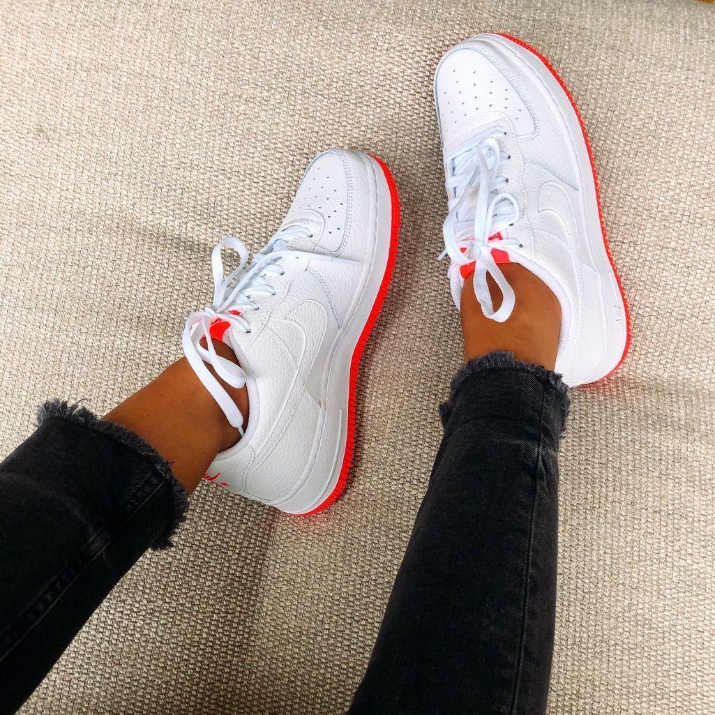 Photo of Nike Air Force Shoes 1 farge rosa hvit størrelse forskjellige