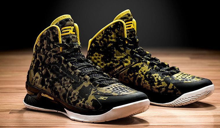 Under Armour Debuts Stephen Curry's First Signature Shoe | Golden State  Warriors
