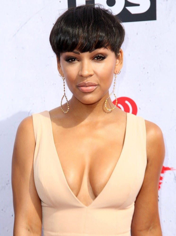 Megan Good Meagan Good Picture 1 Iheartradio Music Awards 2016 Arrivals Cool Short Hairstyles Meagan Good Short Hair Short Hair Styles