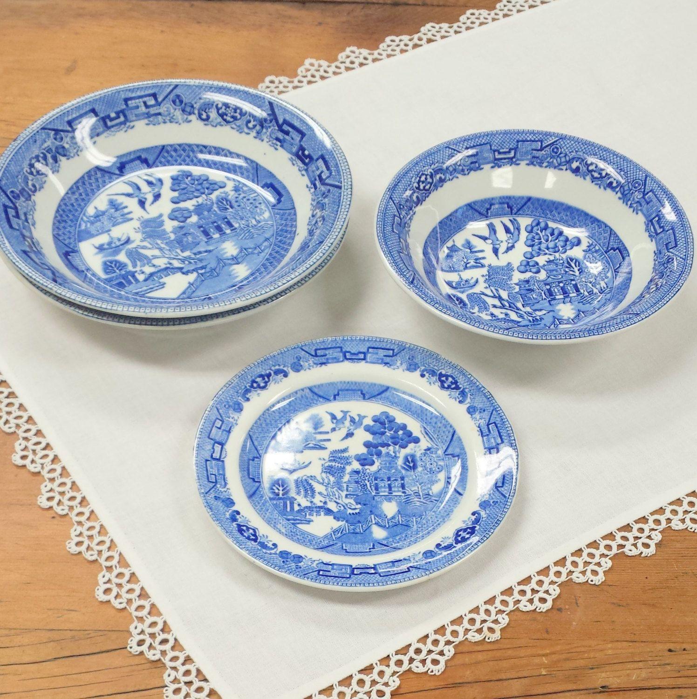 4 pcs Assorted Ridgway Blue Willow Dinnerware ~ Semi China Made in England ~ Bowls \u0026  sc 1 st  Pinterest & OLD 4 pcs Assorted Ridgway Blue Willow Dinnerware ~ Semi China Made ...