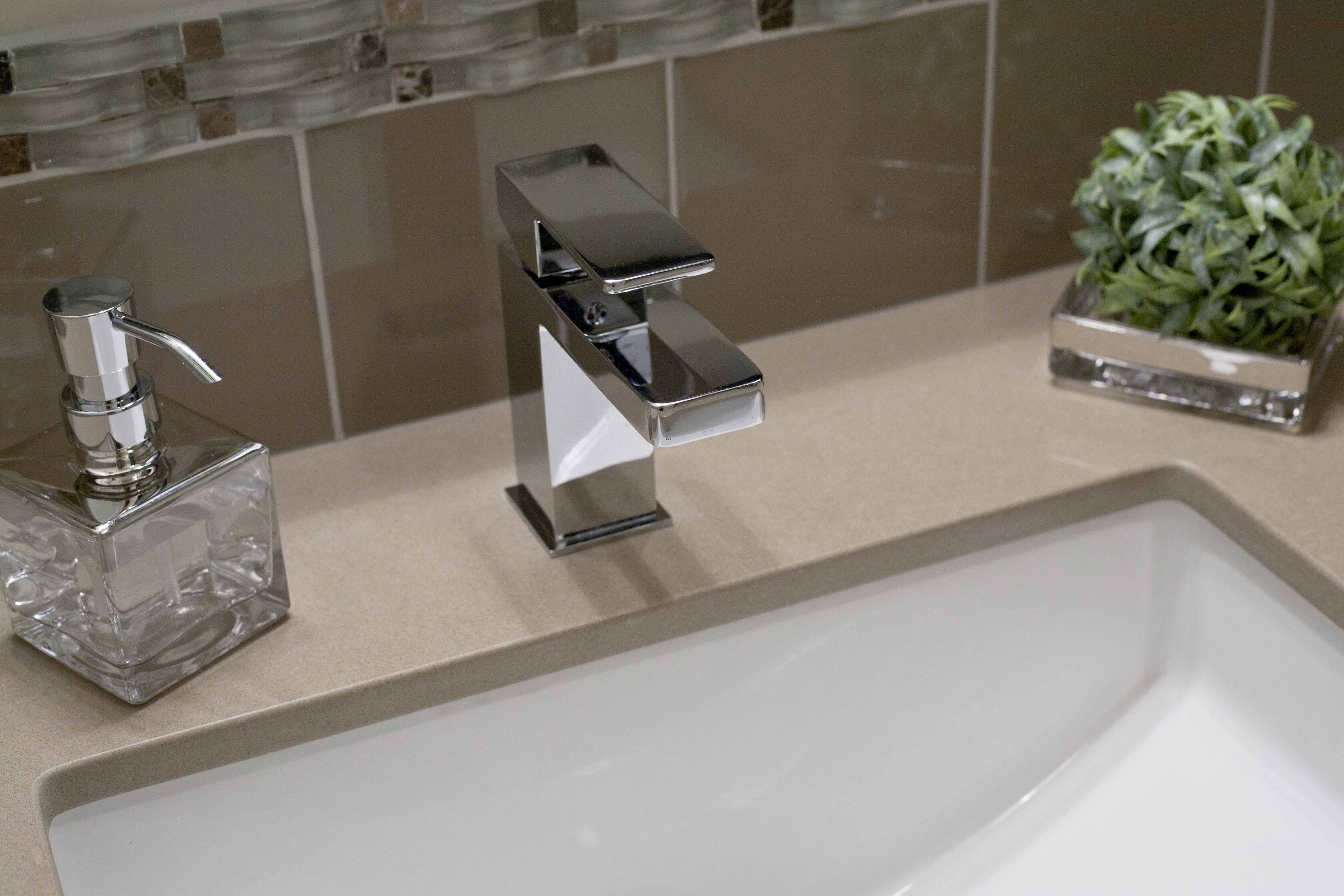 Modern Chrome Mirabelle Faucet Reviews With Single Hole Faucet Design