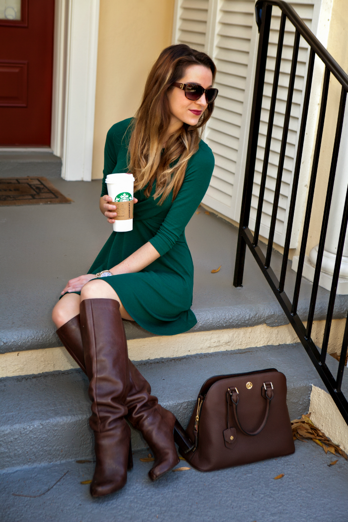 Green dress with brown accessories combination. Love.